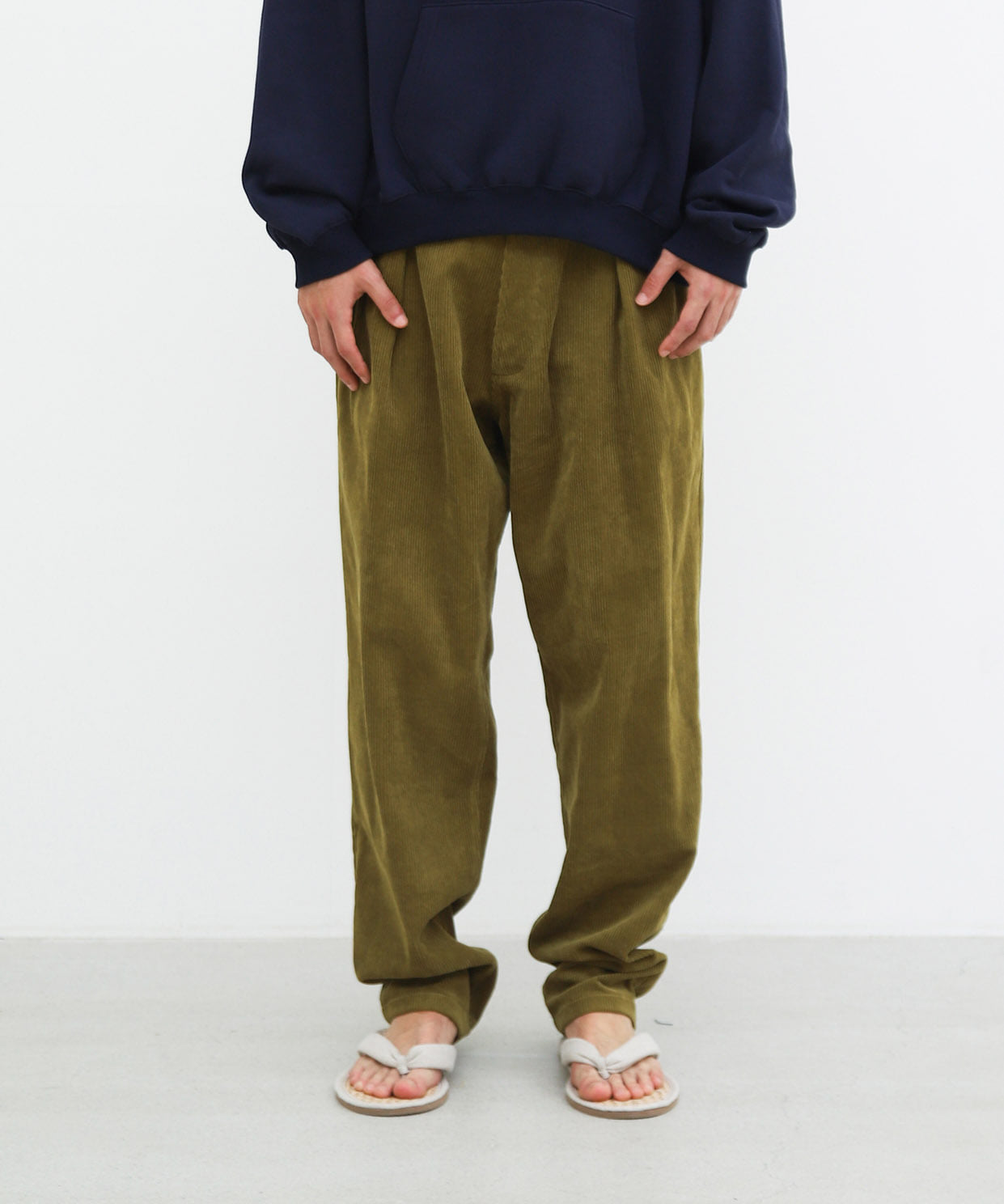 DROPPED TROUSER CORDUROY (SMOKED MUSTARD)