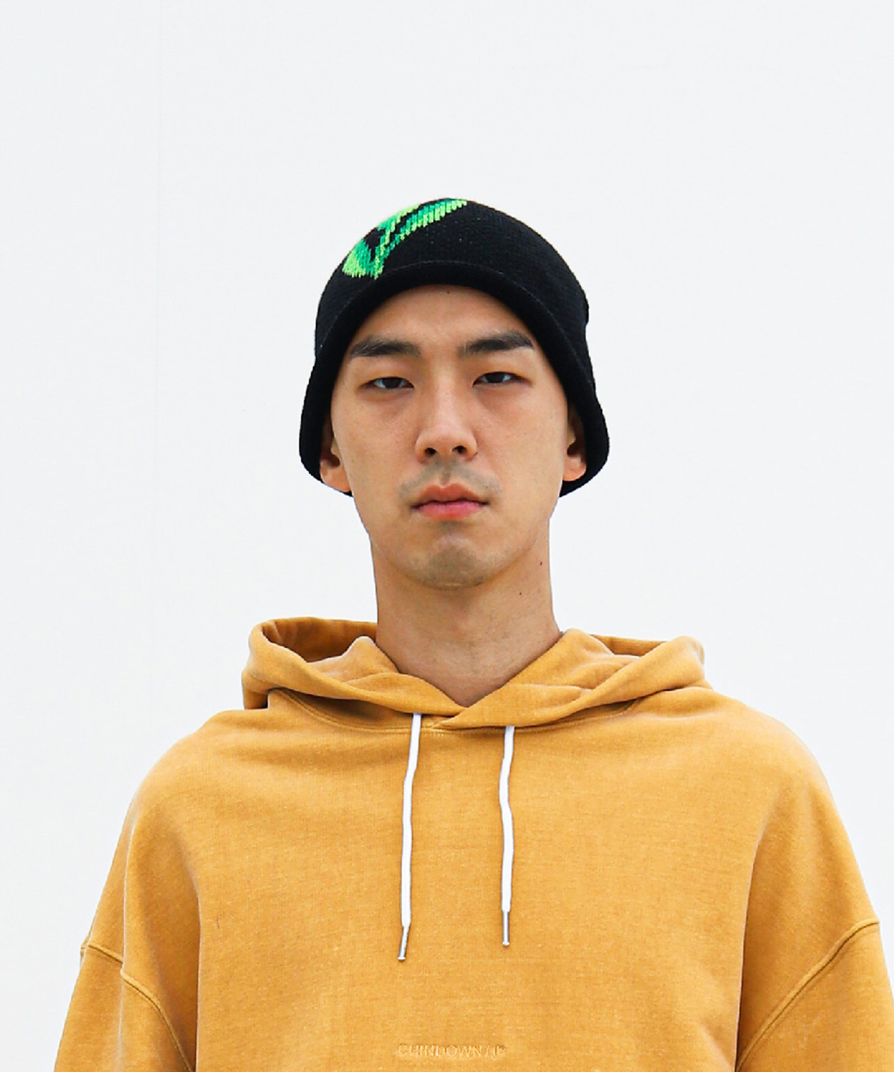 LEAF SINGLE BEANIE (BLACK)