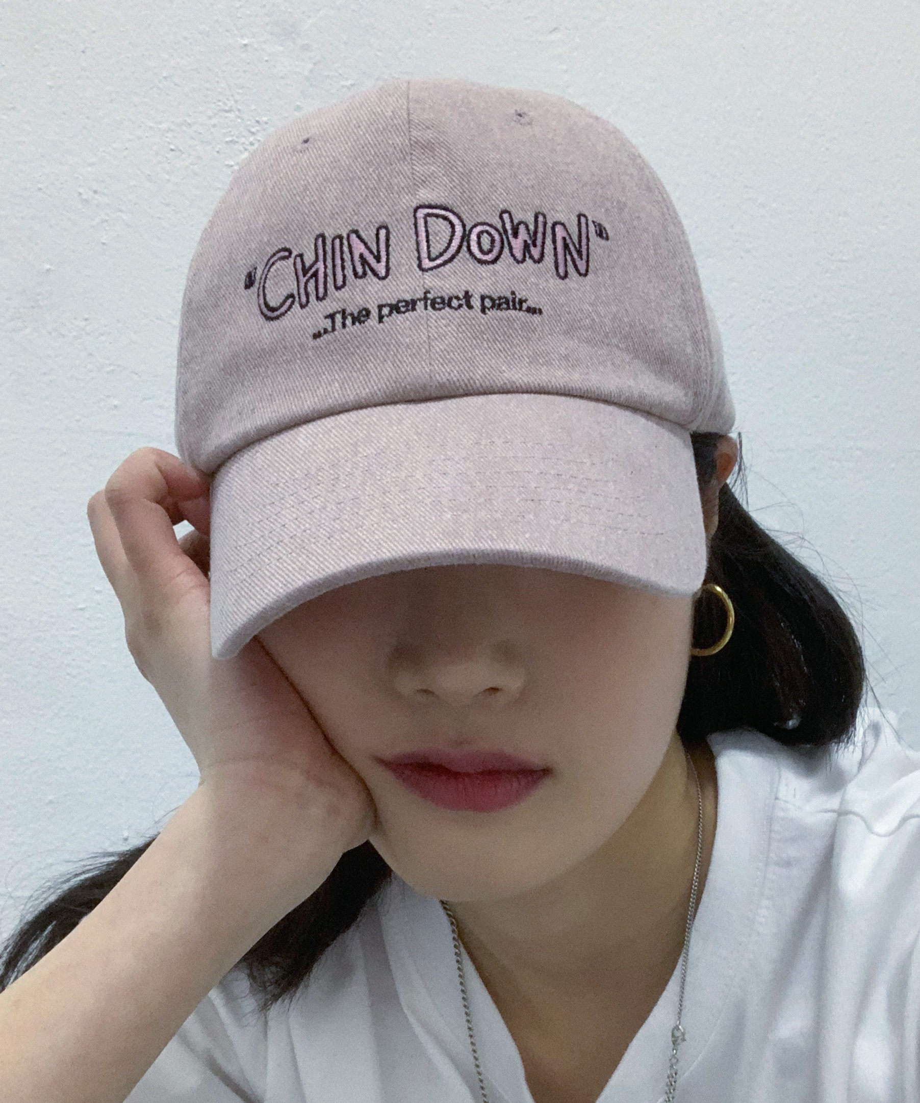 PIGMENT HAND-WRITTEN CHINDOWN CAP (PALE PINK)